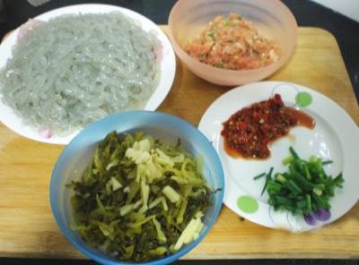 【酸菜炒粉条】酸菜炒粉条的做法大全