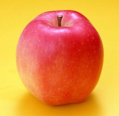 老年人吃什么水果好?吃熟水果食疗效果加倍_2