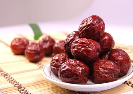 老年人吃什么水果好?吃熟水果食疗效果加倍_4