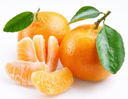 老人常吃橘子预防中风_1
