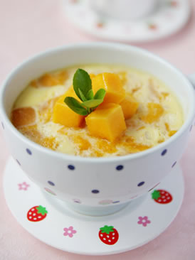 奶香芒果炖蛋