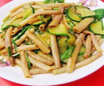 黄瓜炒海肠
