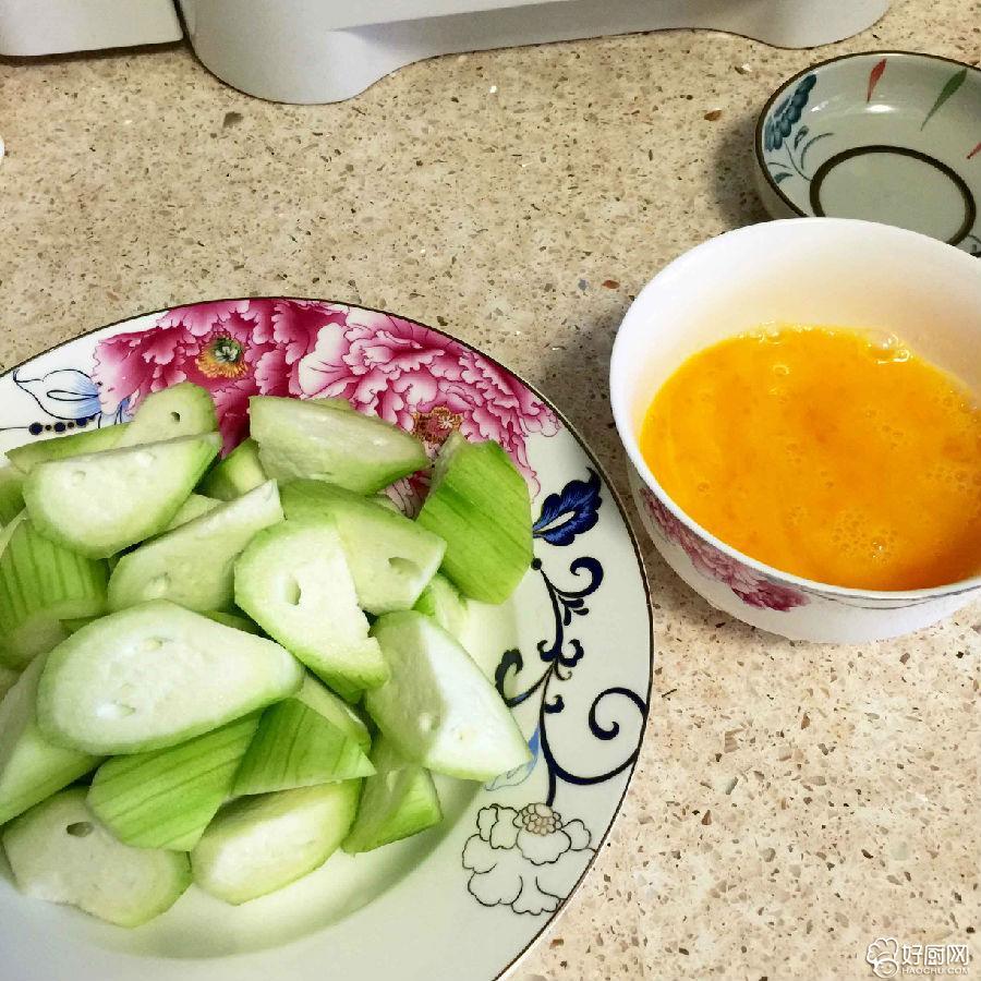 简单的丝瓜炒蛋,不简单的口味_1