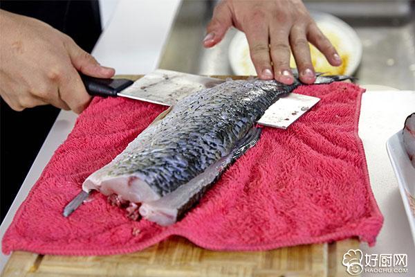 酸菜鱼的做法步骤_2
