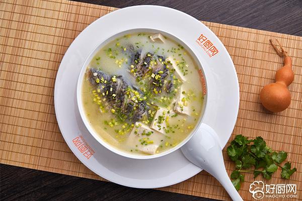 鲫鱼豆腐汤的做法步骤_9