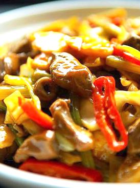 泡菜炒鸡杂