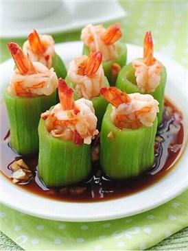 蒜茸絲瓜鮮蝦盅