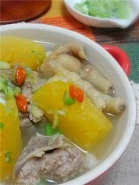 木瓜鸡脚排骨汤