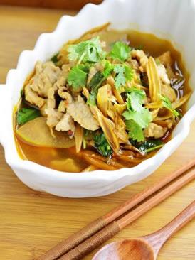 冬瓜黄花肉片汤