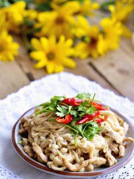 金针菇炒肉