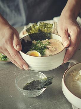 日式豚骨汤面