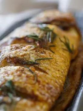 迷迭香烤黃花魚