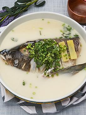 清炖鱼头汤