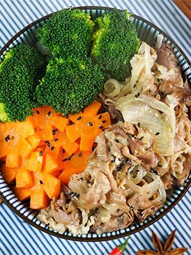 日式肥牛飯