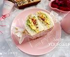 牛油果培根鸡蛋三明治