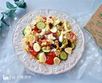 鵪鶉蛋堅果蔬菜沙拉
