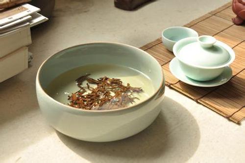 一杯茶一捧花-茶叶渣的神奇功效