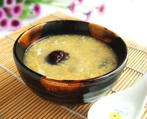 小米红枣雪梨粥的做法大全_小米红枣雪梨粥的家常做法怎么做好吃