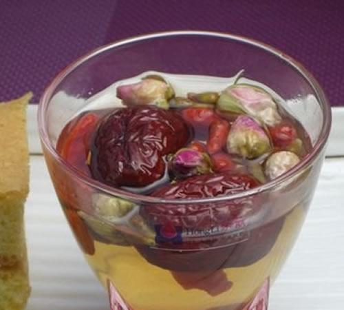 【玫瑰枸杞茶】玫瑰枸杞茶的做法大全