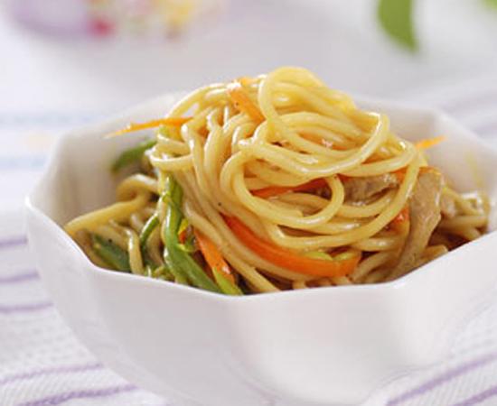 咖喱芸豆焖蒸面的做法菜谱_1步骤炖煮锅图片