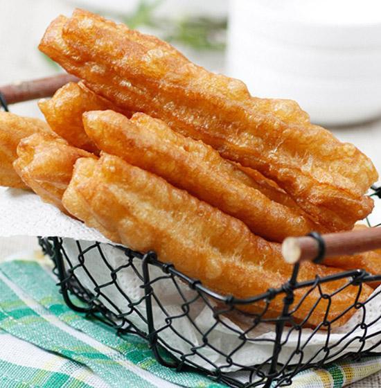 霜糖油条的做法大全_霜糖油条的家常做法怎么做好吃