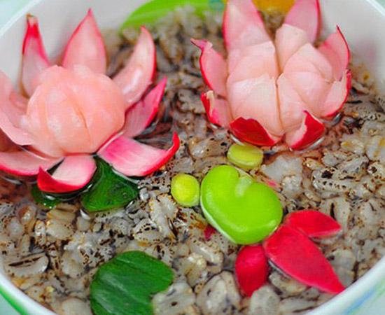鱼戏莲黑燕麦粥的做法大全_鱼戏莲黑燕麦粥的家常做法怎么做好吃
