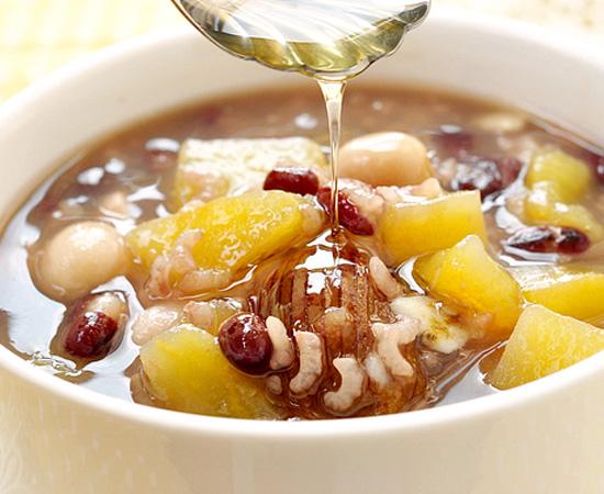 红薯莲子粥的做法大全_红薯莲子粥的家常做法怎么做好吃