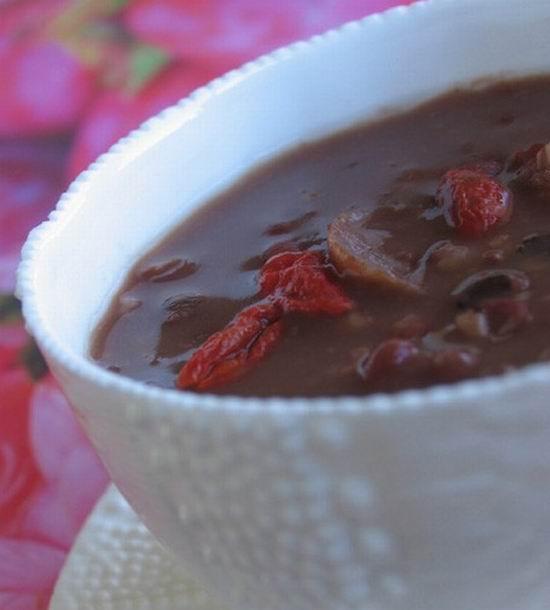 巧克力瘦身八寶粥的做法大全_巧克力瘦身八寶粥的家常做法怎么做好吃
