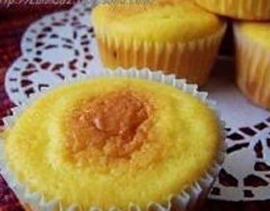 小纸杯柠檬蛋糕的做法大全_小纸杯柠檬蛋糕的家常做法怎么做好吃