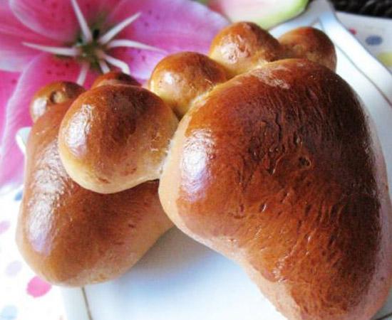 可爱小脚丫面包的做法大全_可爱小脚丫面包的家常做法怎么做好吃