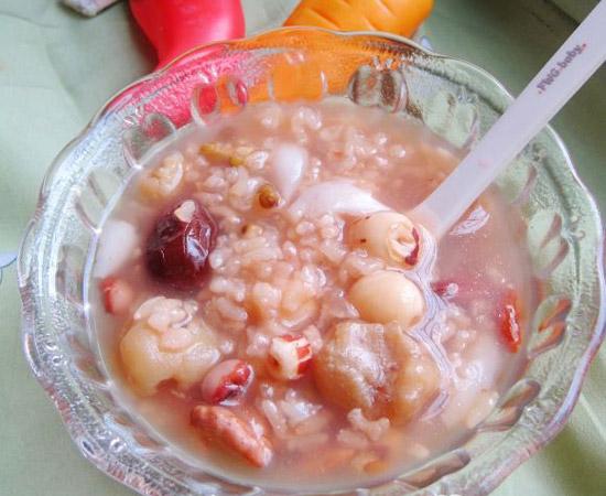 桂圆莲子八宝粥的做法大全_桂圆莲子八宝粥的家常做法怎么做好吃