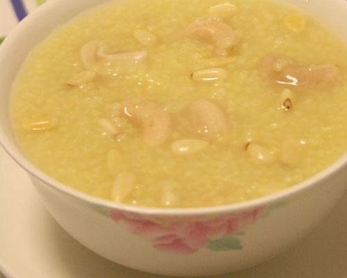 坚果小米粥的做法大全_坚果小米粥的家常做法怎么做好吃