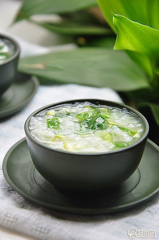 地道的徐州田园风味 青豆毛白菜粥_4