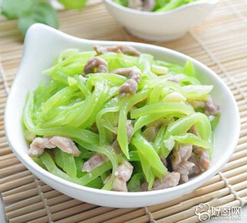 莴笋炒肉的做法步骤_1