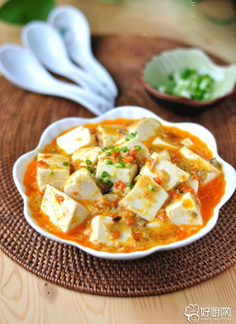 鲜嫩嫩的美味 蟹粉豆腐_1