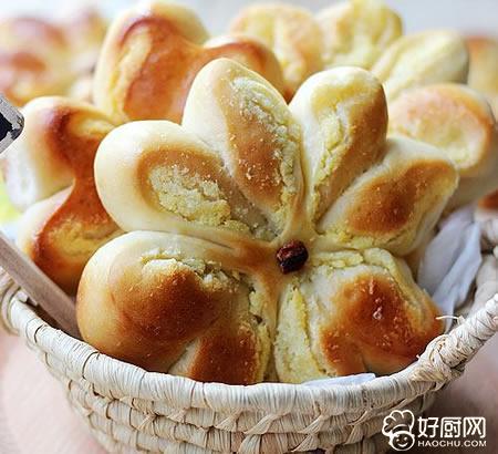 椰蓉花面包的做法_椰蓉花面包的家常做法大全怎么做好吃