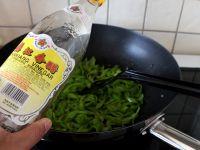 青辣椒炒鸡蛋的做法步骤_11