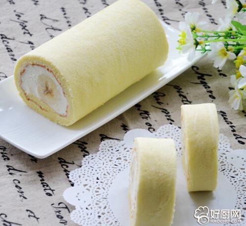 戚风香蕉蛋糕卷的做法_戚风香蕉蛋糕卷的家常做法大全怎么做好吃