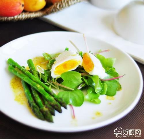 芦笋荷包蛋沙拉的做法步骤_2