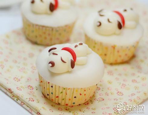 小萌狗翻糖杯子蛋糕的做法_小萌狗翻糖杯子蛋糕的家常做法大全怎么做好吃