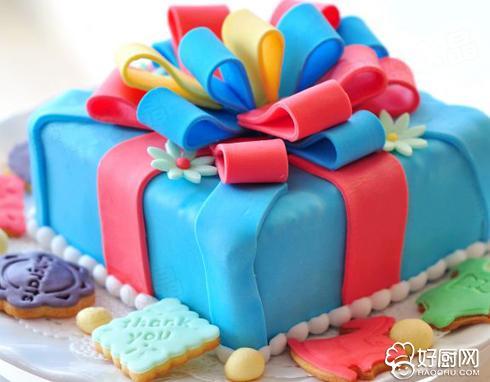 翻糖礼物盒的做法_翻糖礼物盒的家常做法大全怎么做好吃