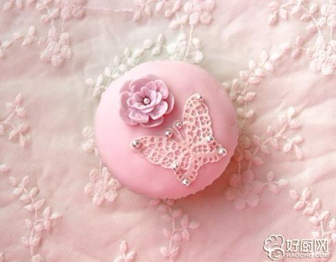 蕾丝翻糖蛋糕的做法_蕾丝翻糖蛋糕的家常做法大全怎么做好吃