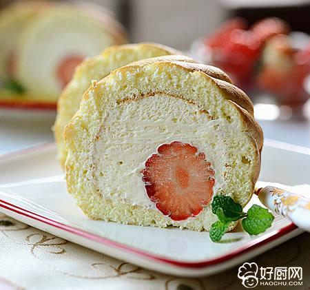 草莓蛋糕卷的做法_草莓蛋糕卷的家常做法大全怎么做好吃