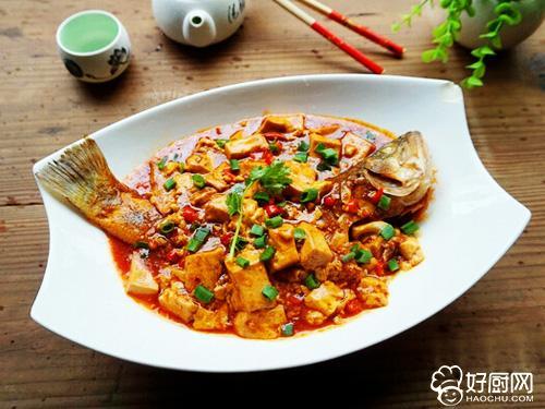 鱼香四溢 豆腐烧鲈鱼_1