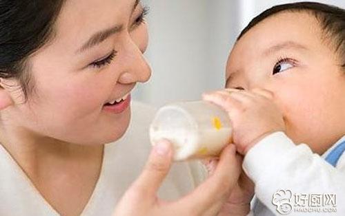 宝宝皮肤过敏红肿水泡