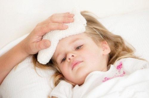 小孩发烧吃什么饭图片1
