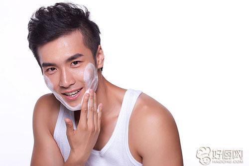男生保养皮肤的方法