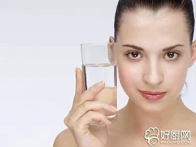 不同肤质的补水方法_1