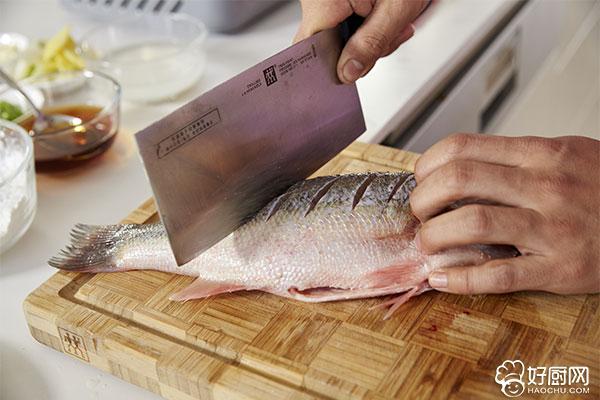 红烧鱼的做法步骤_2