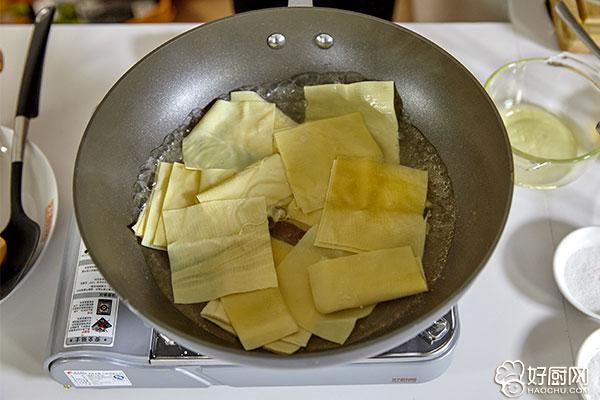 京酱肉丝的做法步骤_3